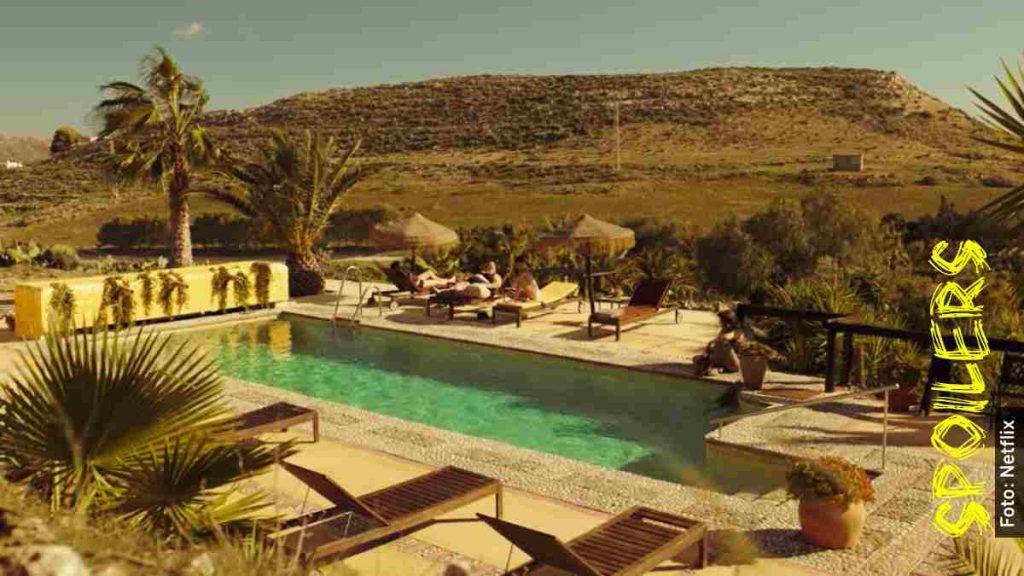 hotel oasis vis a vis