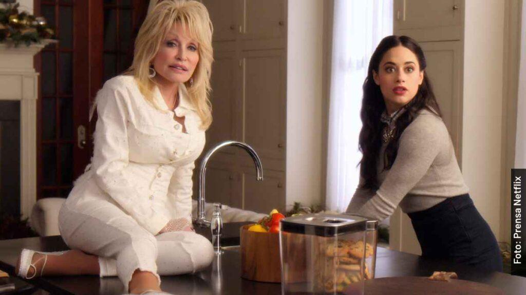 personajes navidad en la plaza película Dolly Parton