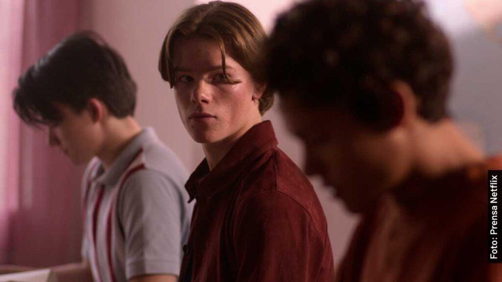 actores jóvenes altezas serie